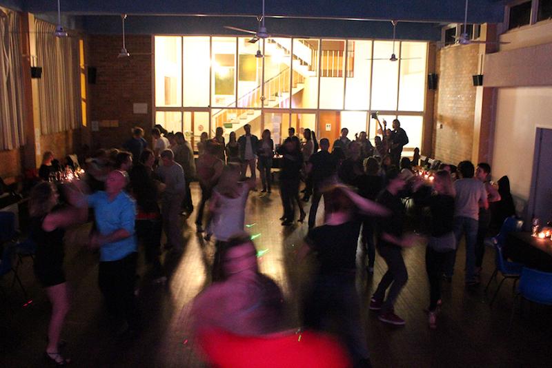Learn to dance salsa in sydney
